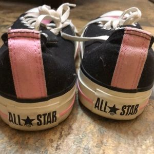 Converse chuck Taylor's low top pink black 8